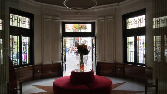 NH Collection Granada Victoria: front entrance