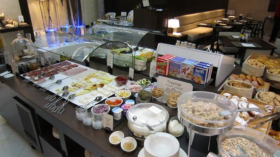 NH Collection Granada Victoria: breakfast buffet