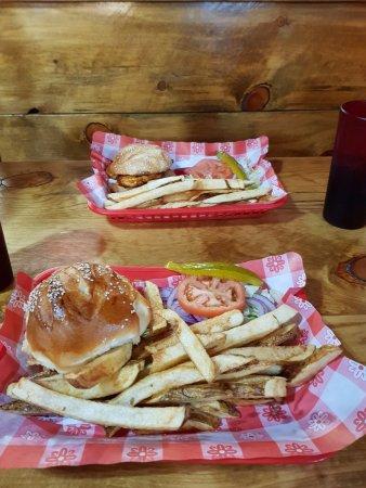 Virgin, Utah: burgers
