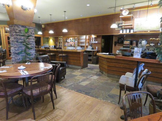 Papa George's : Modern Rocky Mountain decor