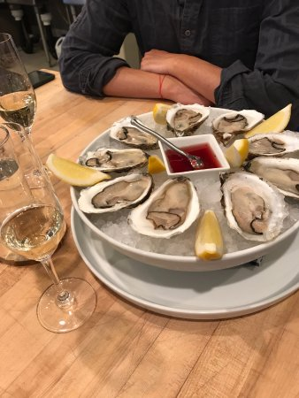 De Beque, CO: Fresh, crisp, oysters from Boston with mignonette sauce