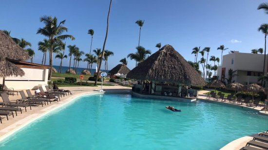 the twist bar pool photo de breathless punta cana resort spa punta cana tripadvisor. Black Bedroom Furniture Sets. Home Design Ideas