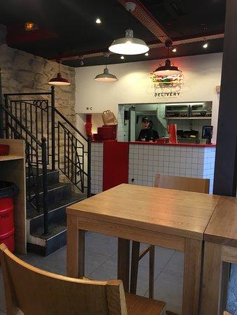 burger and fries paris op ra bourse restaurant avis num ro de t l phone photos tripadvisor. Black Bedroom Furniture Sets. Home Design Ideas