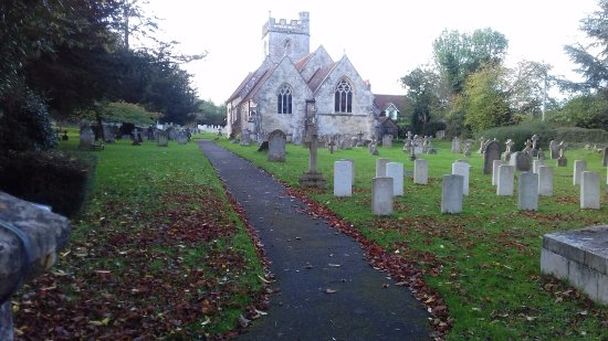 Fovant, UK: Commonwealth War Graves near the Covent Badges