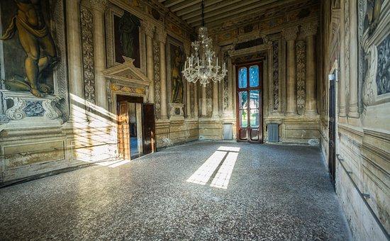 Palazzo Verlato Putin