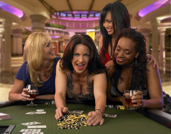 Dover, DE: Variety of table games and poker