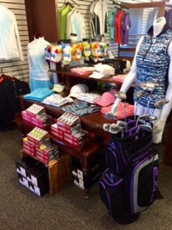 Sodus Point, NY: The Golf Shop is well appointed for the lady golfer