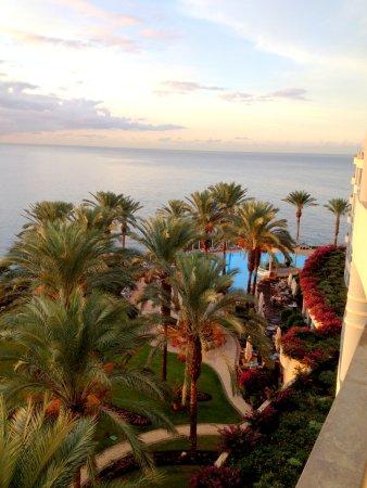 Pestana Grand Premium Ocean Resort: The beautiful garden and the outdoor pool.