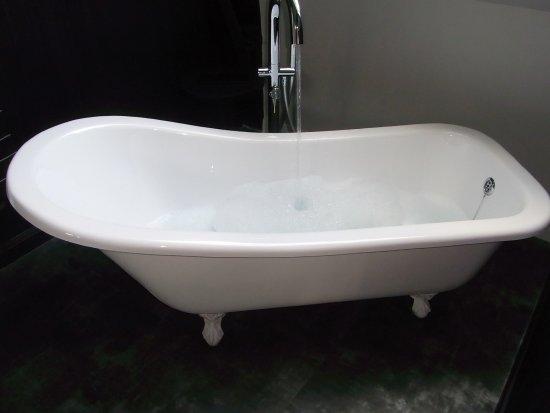 Anzin-Saint-Aubin, Francia: la baignoire