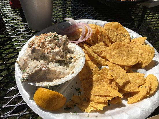 Daufuskie Island, SC: The place to eat!