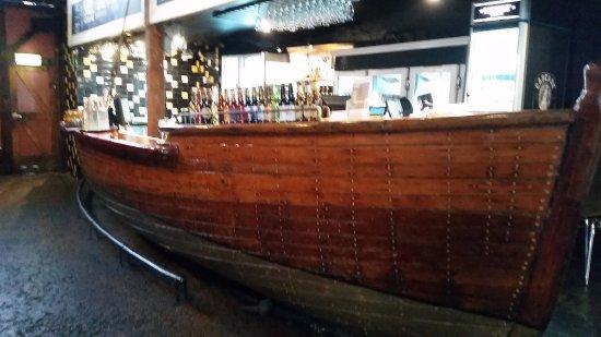 The Anchorage Hotel: Bar