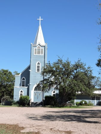 Stonewall, TX: beautiful old church, on road to national park