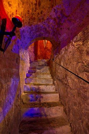 Enghien, Bélgica: Descente escalier