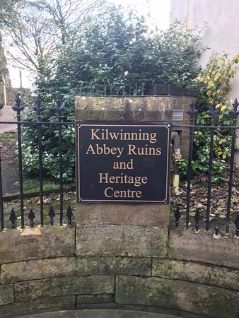 Kilwinning, UK: photo0.jpg
