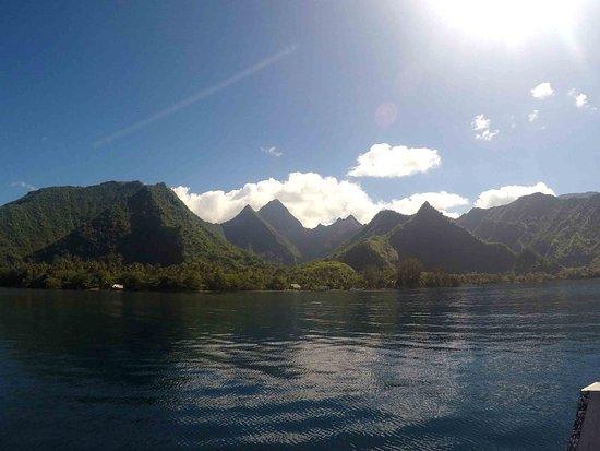 Teahupoo Tahiti Surfari - Day Tours: Presqu'île depuis le bateau