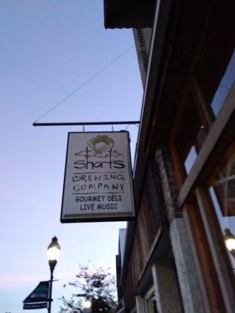 Short's Brewing Company: exterior