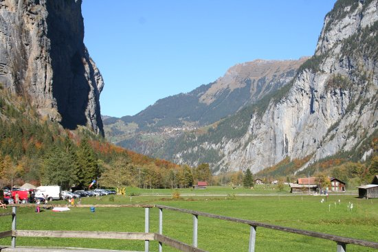 Hotel Staubbach: view up the valley