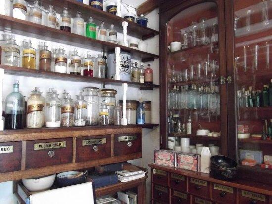 Hutton le Hole, UK: The Chemists Shop
