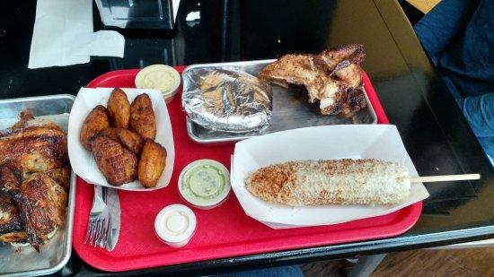 Al Carbon Chicken: Para Papa, El Nino, Mayonesa, and Fried Plantains.