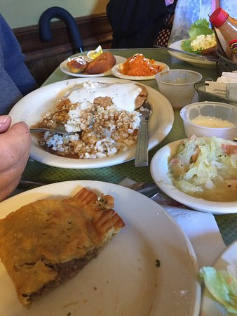 Lasyone's Meat Pie Kitchen: photo0.jpg