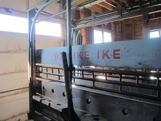 Eisenhower National Historic Site: a cattle trailer in the barn
