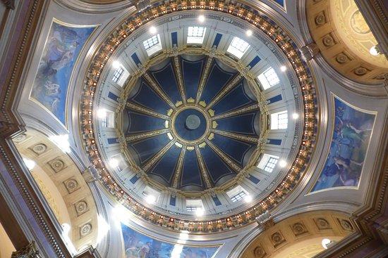 Minnesota State Capitol: The Rotunda Dome!