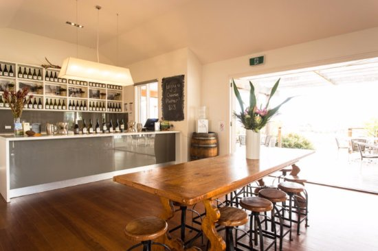 Yarra Glen, Australia: Greenstone Vineyards Cellar Door