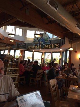 Federal Jacks Restaurant and Brewpub : interior