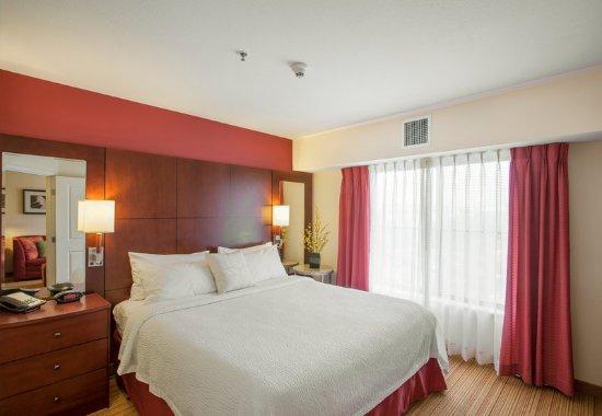 Residence Inn Phoenix NW/Surprise: Suite Sleeping Area