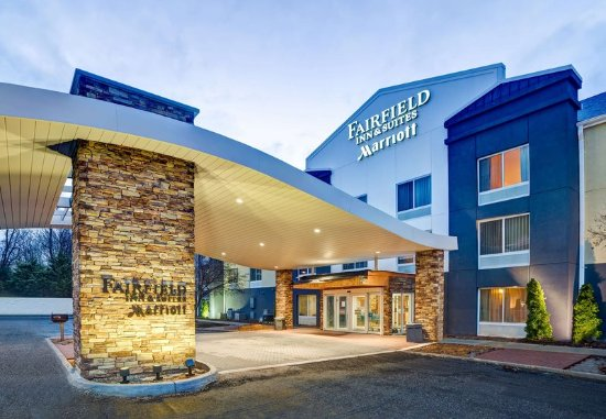 Fairfield Inn & Suites Christiansburg: Entrance