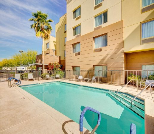Towneplace Suites Phoenix Goodyear Outdoor Pool