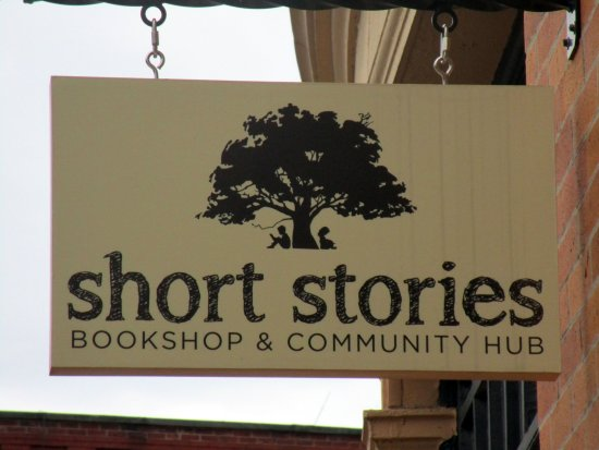 ‪Short Stories Community Book Hub‬