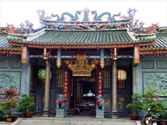Nghia An Temple