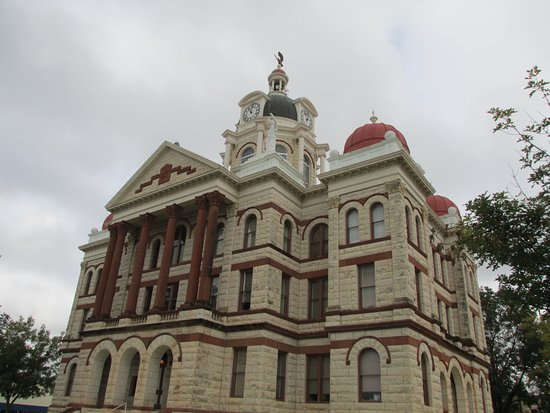 Gatesville, Teksas: 1897 Coryell Courthouse in the Second Empire Victorian Style
