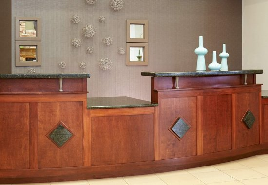 Residence Inn by Marriott Saginaw: Front Desk