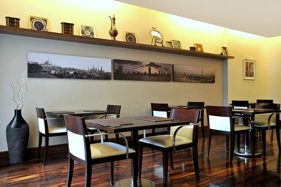 Staybridge Suites Cairo-Citystars: Guest Dining Lounge