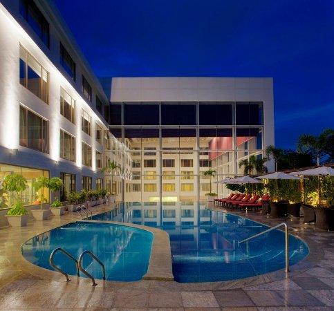 Radisson Blu Plaza Hotel Hyderabad Banjara Hills Hotel Reviews Photos Rate Comparison