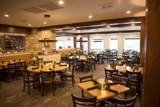 The Highlander Scottish Pub Collierville Restaurant Reviews Phone Number Photos Tripadvisor