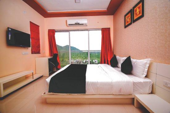 Udaipur District, الهند: getlstd_property_photo