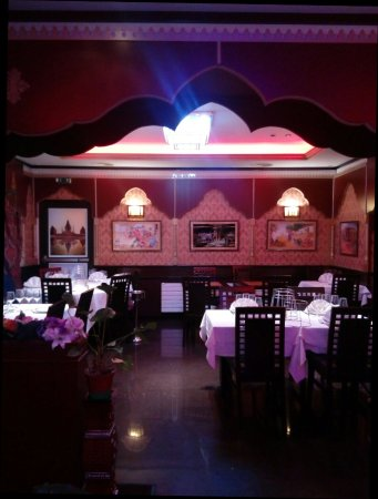 restaurant restaurant hajveri dans lille avec cuisine indienne. Black Bedroom Furniture Sets. Home Design Ideas