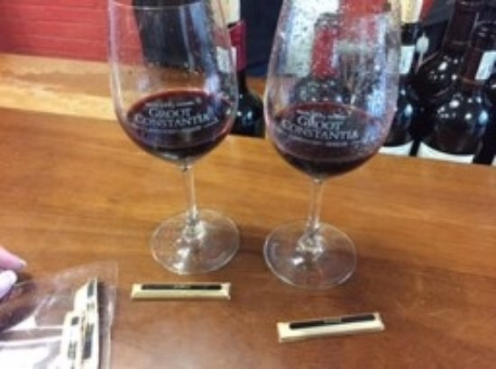 Constantia, แอฟริกาใต้: You get these glasses with the wine tasting :)