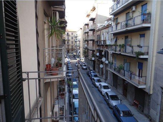 B&B 10 Serpotta: balcon