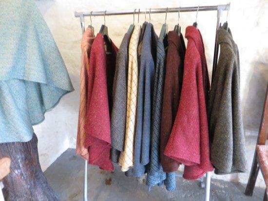 Dunkineely, ไอร์แลนด์: Cyndi's Stunning designed cape jackets