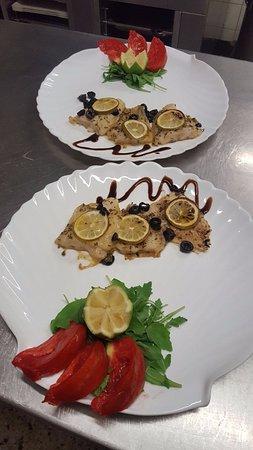 Novazzano, Switzerland: I piatti del ristorante con Menù Pranzo 15 CHF compreso bibita e caffè