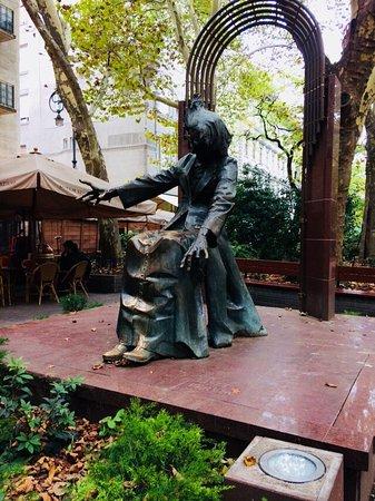 Liszt Ferenc Square: photo0.jpg