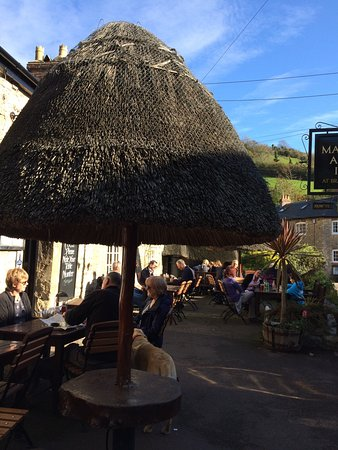 Branscombe, UK: Fantastic location and wonderful people and food.