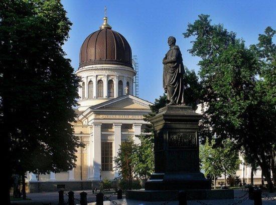Vorontsov Monument
