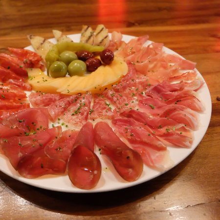 The cold cuts embutidos is a light yet tasty meal to have - paired perfectly with Sangria!