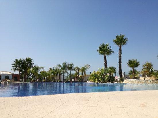 Vitor's Village Resort: IMG_20170907_145835_large.jpg