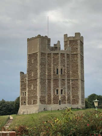 The Crown & Castle: Orford Castle